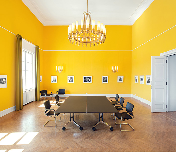 interior-painting-bright-colors-office