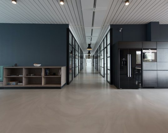 Commercial Buildings: How to Maintain Freshly Painted Walls